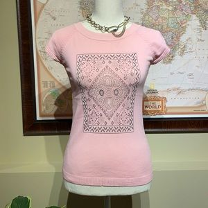 Pink stretchy tee